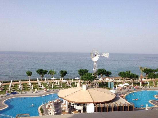 Pernera Beach Hotel: Views from our balcony  room 356 w/c 19/6/16 amazing ..