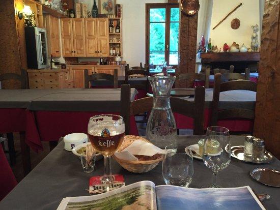 Saint-Maurice-en-Valgodemard, Prancis: diner