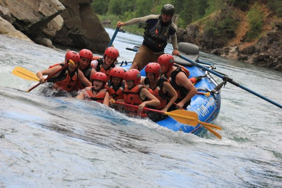 Fernie, Canadá: Up to your chin in White Water
