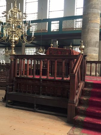 Jewish History Walking Tour: Historic Portuguese Synagogue
