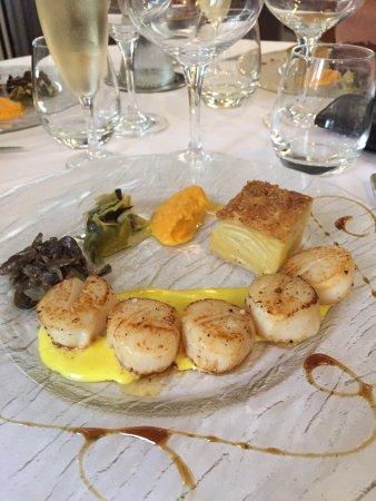 Bartrès, France : Crème brûlée et St Jacques au curry