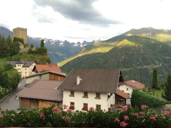 Ladis, Austria: Uitzicht vanaf het balkon!