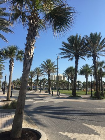 Holiday Inn Express - Jacksonville Beach Image
