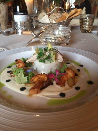 Hotel Castello di Sinio: best meal we had in Barolo
