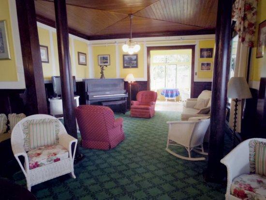 Windermere Hotel: Common area near lobby