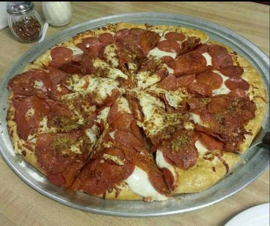 Gatesville, TX: Studebakers Pizza