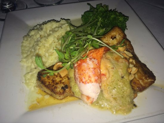The Brown Dog Cafe & Wine Bar: Long Line Caught Pacific Swordfish