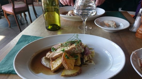 Les Halles: Lunch one day: Confit of pork