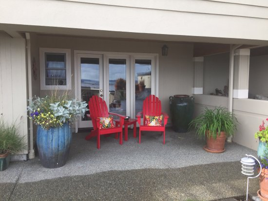 Three Tree Point Bed and Breakfast: photo2.jpg