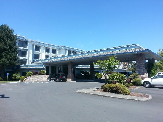 Shilo Inn Suites Hotel - Portland Airport: 20160629_144735_large.jpg