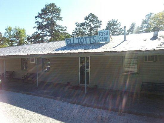 Fair Play, Carolina del Sur: Elliott's Fish Camp