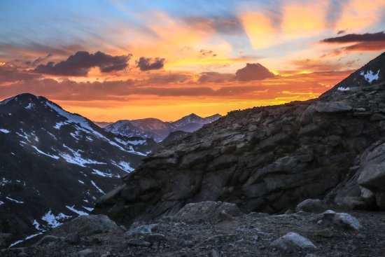 Mount Evans : Sunset at the summit of Mt. Evans.