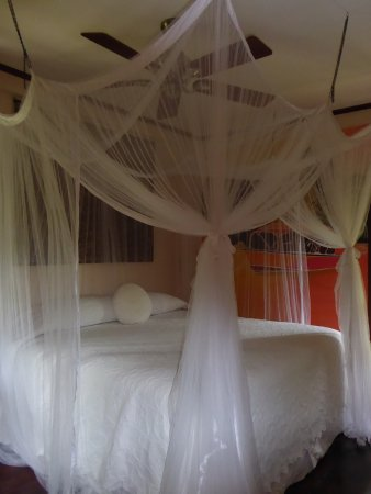 Petite Calivigny, Grenada: Cool peaceful bedroom