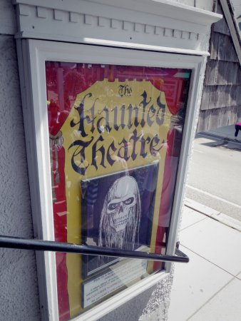 The Haunted Theatre: Entrance
