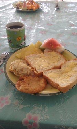 Joelan Beach Fales: Parte del desayuno