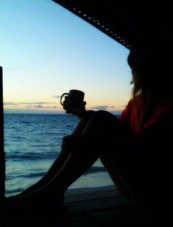 Joelan Beach Fales: Atardecer