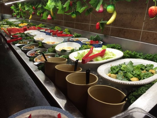 Maple Leaf Queen's Buffet : Salad Bar. Take prepared or create your own