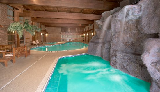 Algoma's Water Tower Inn & Suites, BW Premier Collection: Four pools.