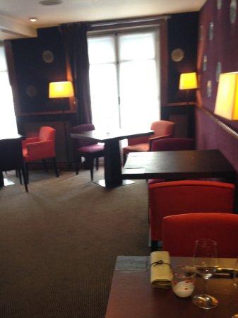 Entree De La Salle A Manger Picture Of Helene Darroze Paris