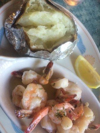 Lee's Inlet Kitchen: grilled shrimp