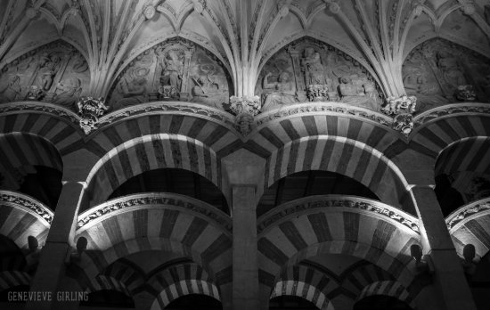 Mezquita Cathedral De Cordoba Moorish Circular Arches And Gothic Pointed Clash At The Join