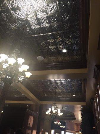 Brewster's Bar & Grill: photo1.jpg