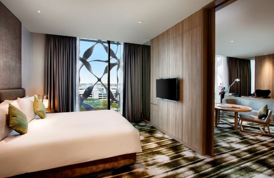 Crowne Plaza Changi Airport: Suite