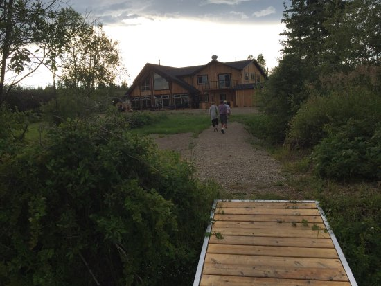 Vanderhoof, แคนาดา: Hidden gem - great location lakeside -40 min drive from Prince George