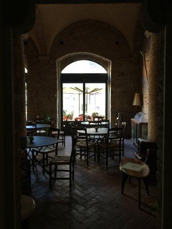 La Cisterna Hotel: Aufenthaltsraum im EG..