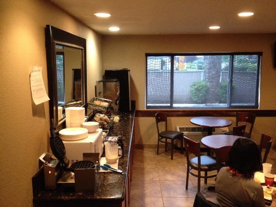 Vancouver, WA: Continental breakfast room