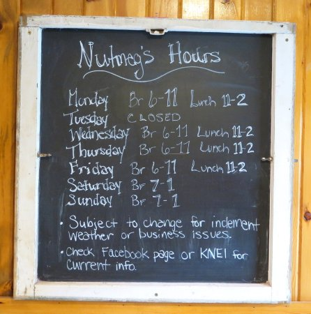 Lansing, IA: Hours