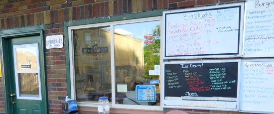 Lansing, IA: Menu and ordering window