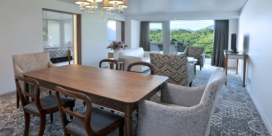 Vineyard Hotel: Mountain Deluxe Suite