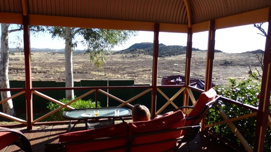 Leonora, Austrália: Breakfast on the Verandah