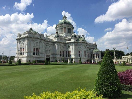 Vimanmek Mansion: photo3.jpg