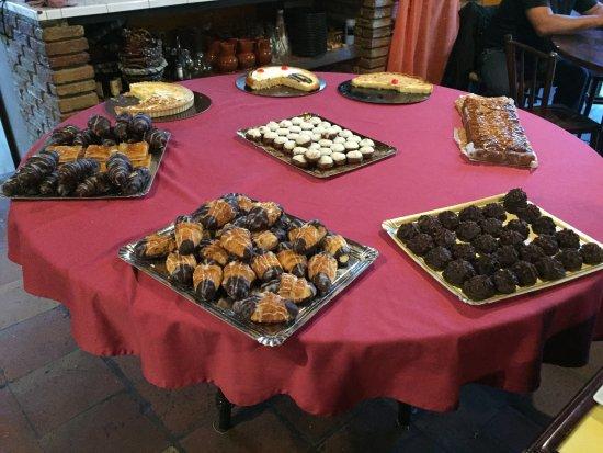 Vilanant, España: herrliches Dessertfuffet