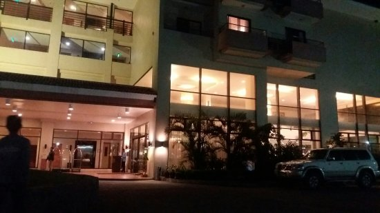 Hotel Kimberly: 20160422_215711_large.jpg