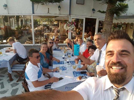 Pegasus Restaurant: Akis and us