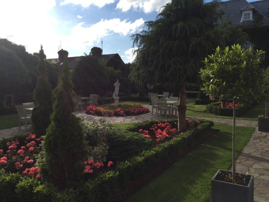 Hayfield Manor Hotel: The Garden at Sunset...