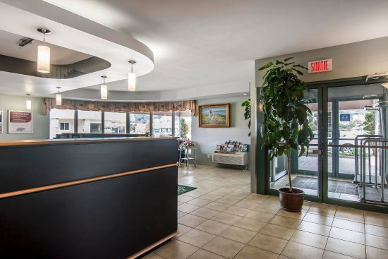 Syracuse Inn and Suites : Hotel entrance