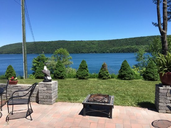 Cobblescote on the Lake: photo2.jpg