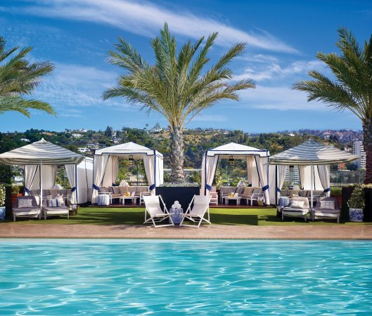 The London West Hollywood at Beverly Hills: Pool Cabanas - Kraft - 8/10