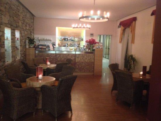 Cortese Hotel: bar