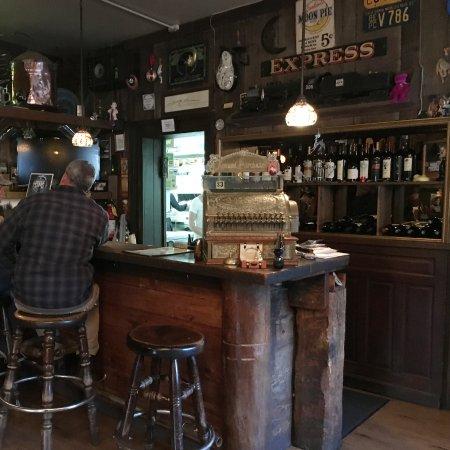 Quincy, แคลิฟอร์เนีย: Bar