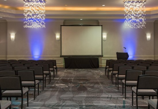 Rutherford, NJ: Meeting Room - Theatre Setup