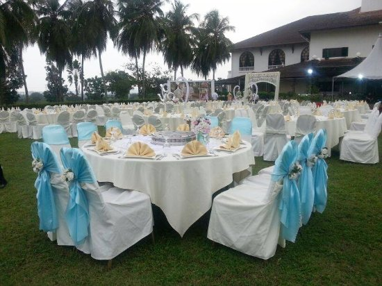 Garden wedding picture of ponderosa golf country resort johor ponderosa golf country resort garden wedding junglespirit Choice Image