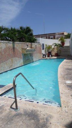 Hotel Melia Ponce: Piscina del Hotel Meliá