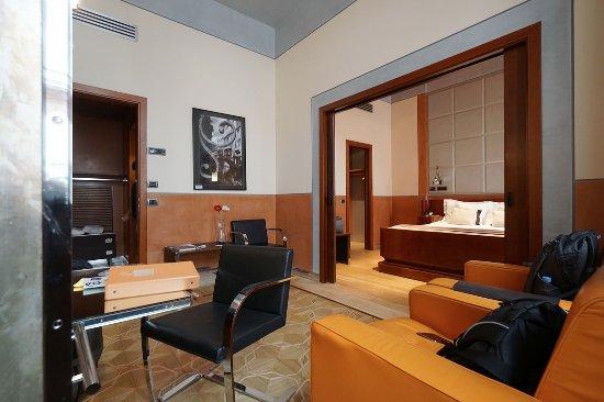 Ca' Pisani Hotel: Living area, Superior room.