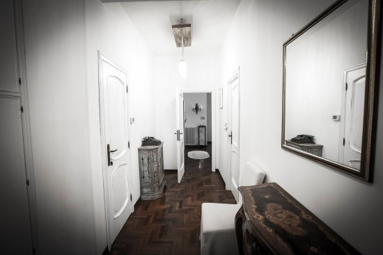 Villa Ngiolo Bed & Breakfast: Corridoio