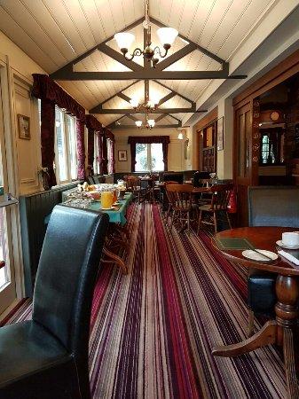 The Burley Inn Hotel : 20160622_081614_large.jpg